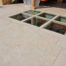 gr-c-terrasse-aus-kalkstein-römischer-verband -opus4