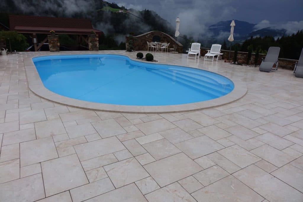 Naturstein Levante Crema sandgestrahlt 02