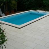 Schwimmbadumrandung Kalkstein