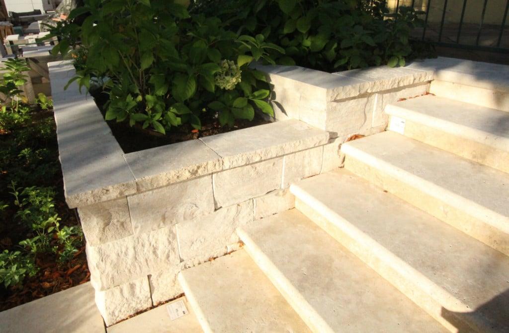 naturstein mauern im steinzentrum schubert stone