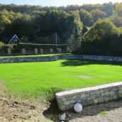 Kalkstein grau Bruchsteinmauer Garten