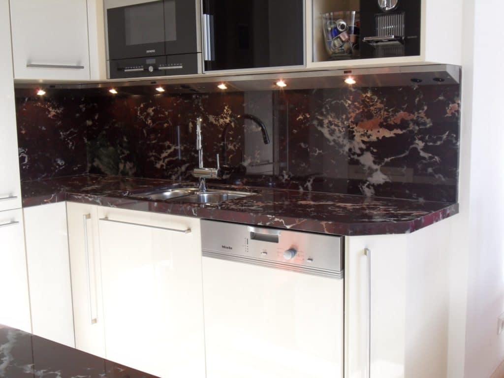 Küche aus Marmor