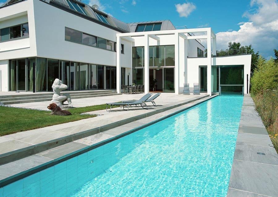 Avantgardistische Villa Sandstein