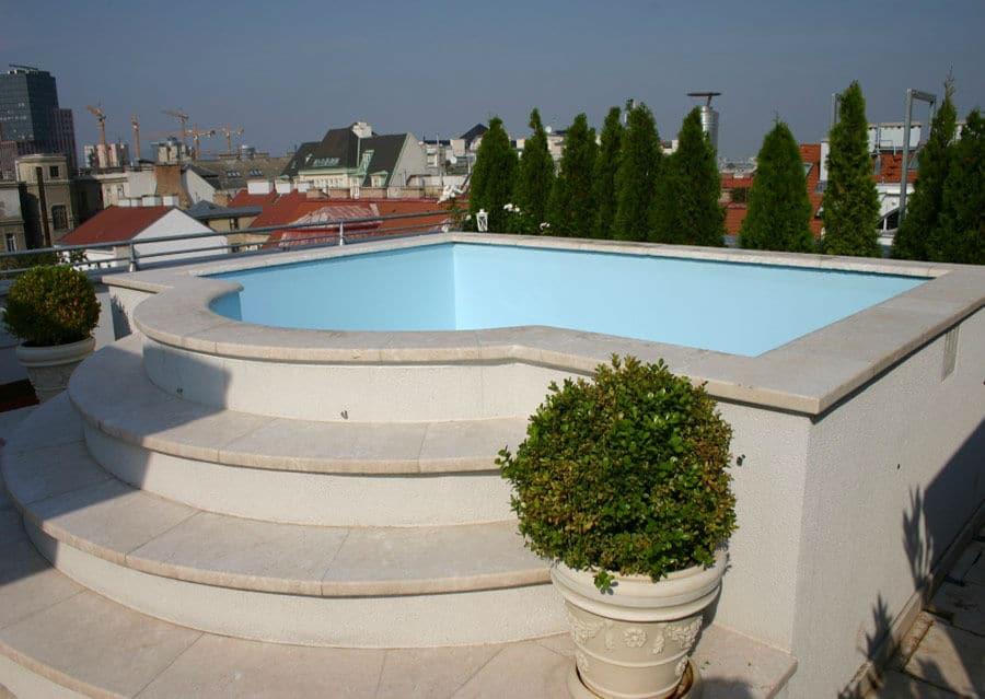 Beckenrandsteine Kalkstein Levante Crema Balkon Dachwohnung