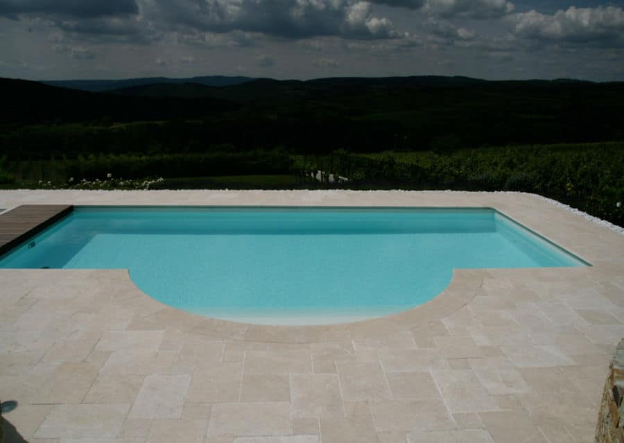 Beckenrandsteine Kalkstein Levante Crema Pool