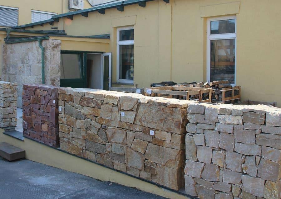 Bruchsteine Mauerausstellung