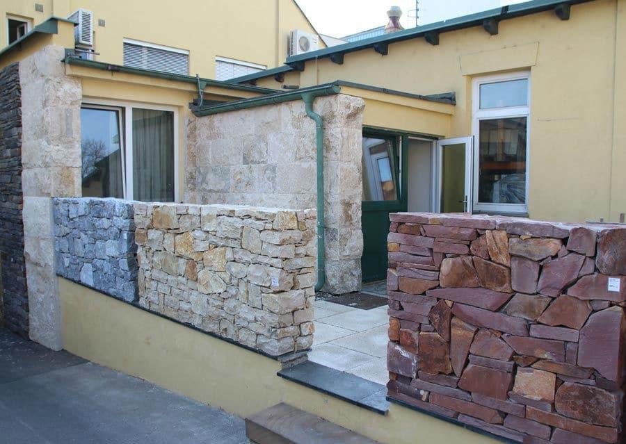 Bruchsteinmauer Ausstellung