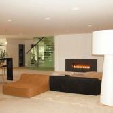 Lounge Wohnzimmer Natursteinboden