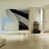 Levante Crema mit schönem Treppenaufgang