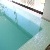 Wellness Pool mit Mosaik
