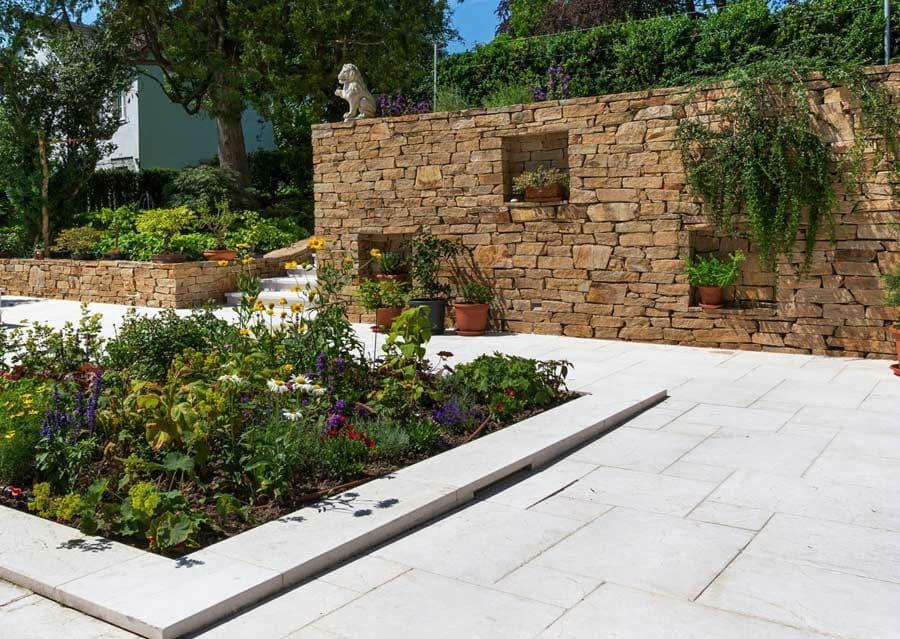 gneis mauern - schubert stone | naturstein, Gartenarbeit ideen