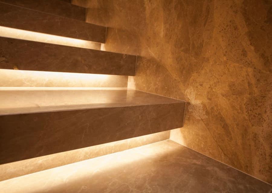 Kalkstein geschliffen Stiege