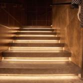 Kalkstein geschliffen Stiegenlicht