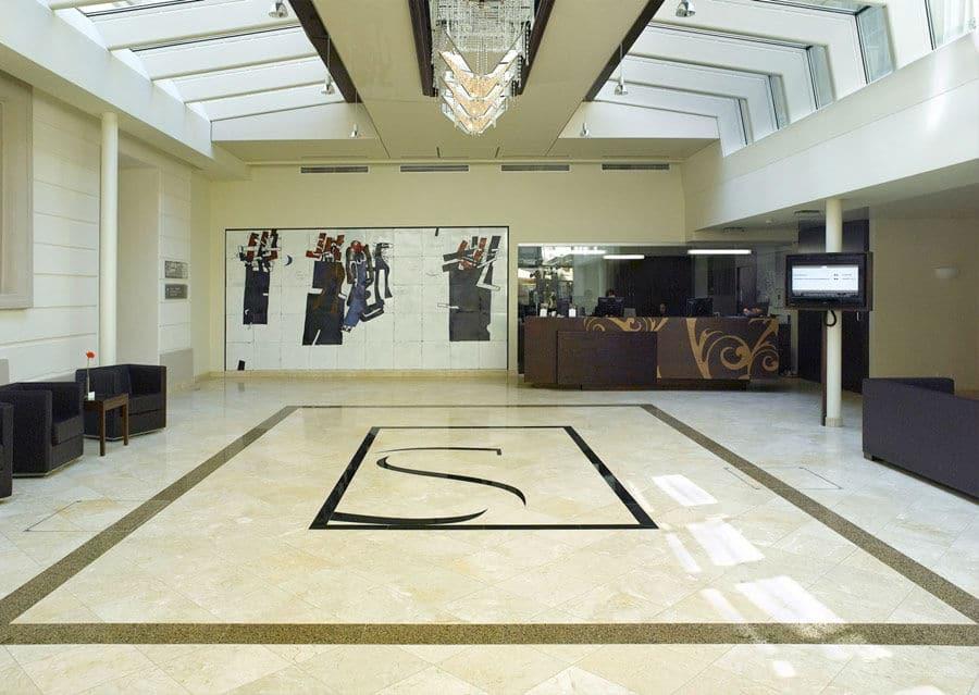 Kalkstein Levante Crema Eingangshalle