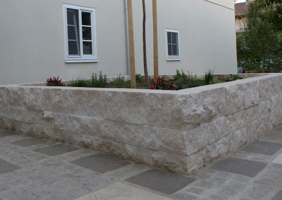 Mauersteine Kalkstein