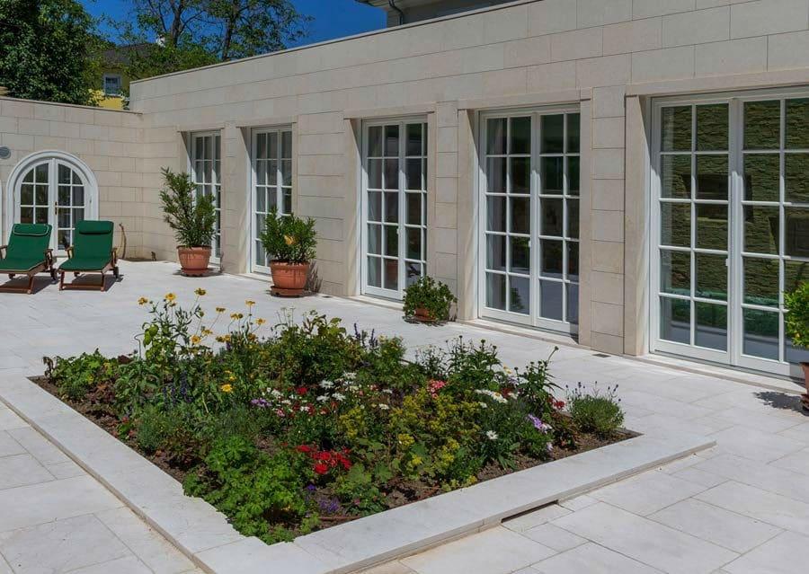 Natursteinfassadenplatten