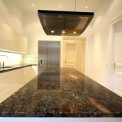 Steinplatte Küche