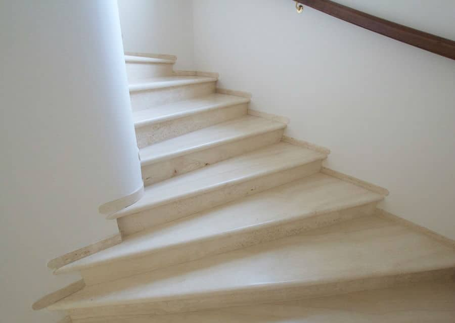 Stufenplatte aus Naturstein