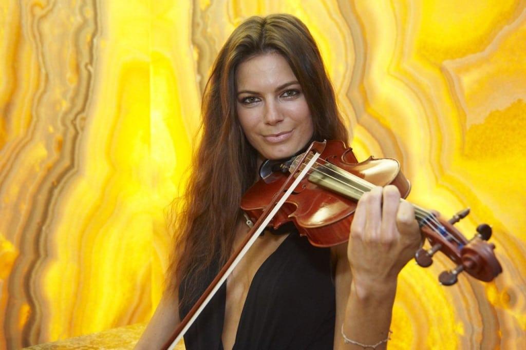 Celine Roschek bei Schubertstone