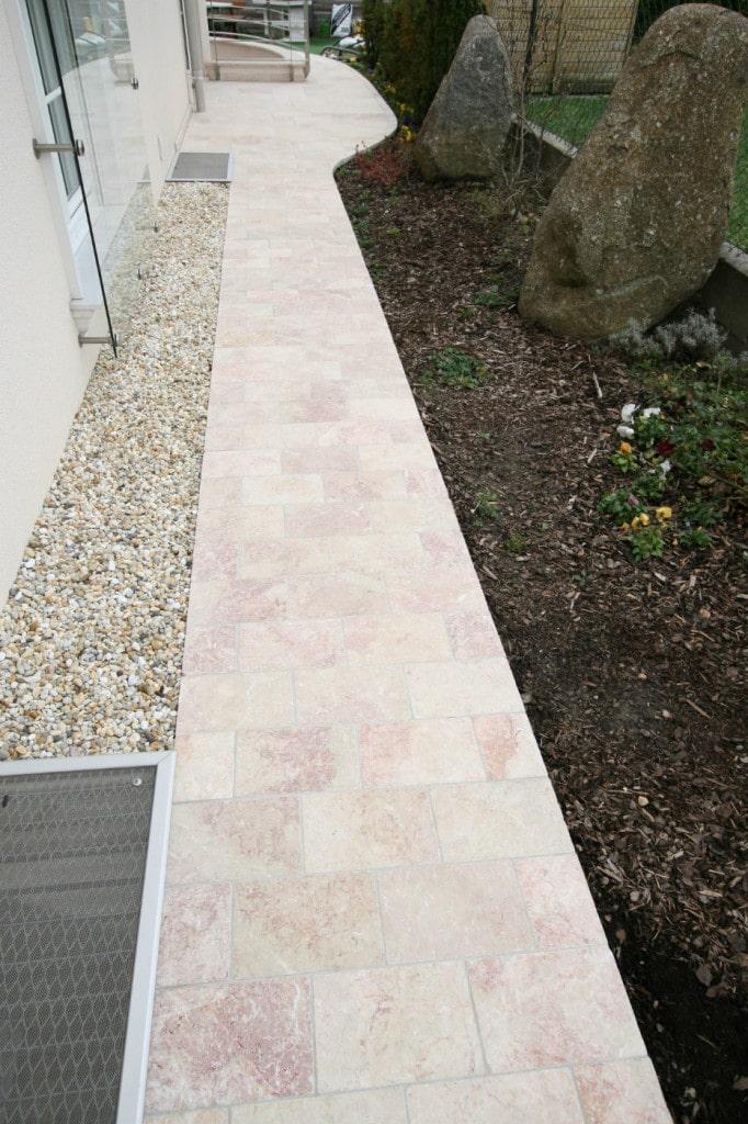 kalkstein terrassenplatten levante crema rosa antik terrasse außen