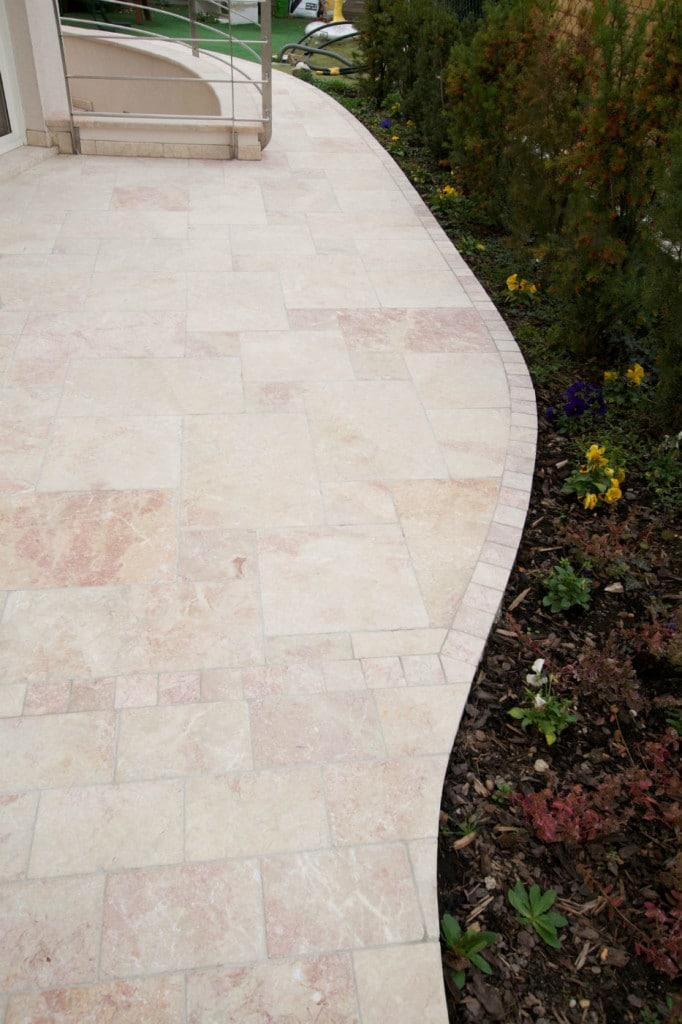 naturstein terrassenplatten levante crema antik rosa getrommelt
