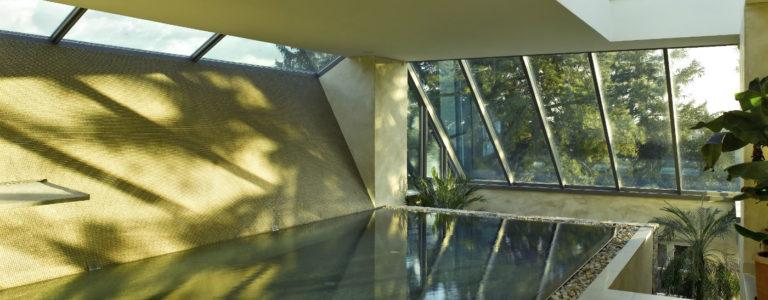 Boden Technostein, Pool innen Glasmosaik