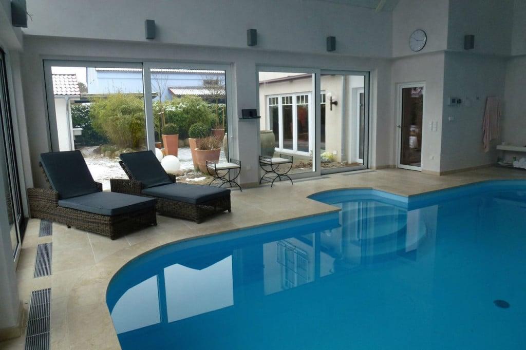 Levante Crema Naturstein Pool