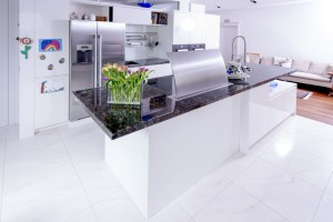 Küche Ganit blau schillernd 08 Platte fertig 05
