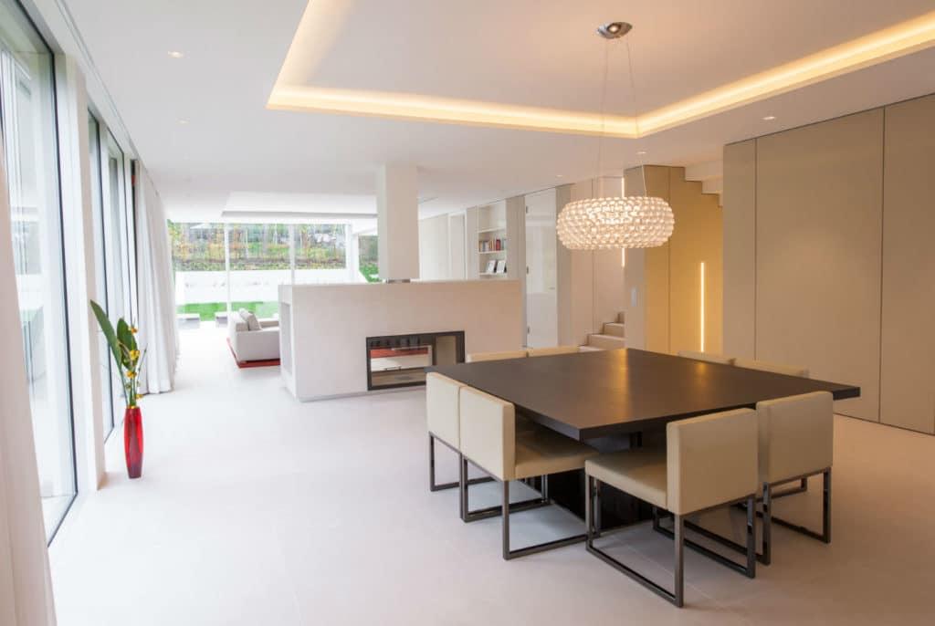 Technostein modernes Haus Esszimmer