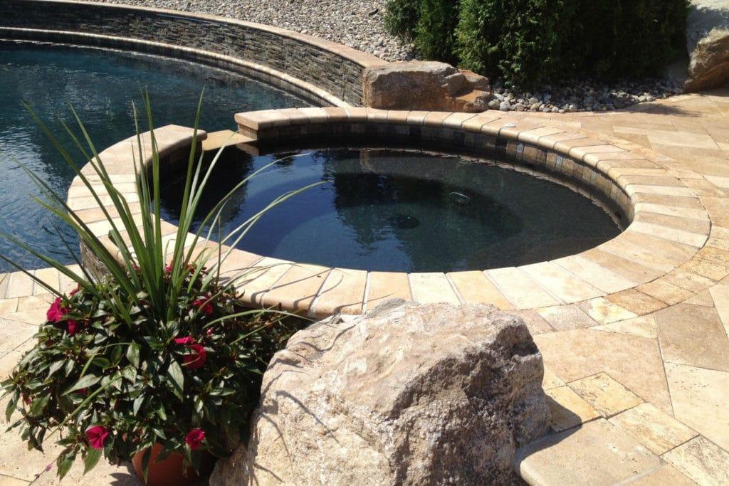 , Integrierte outdoor Whirlpools