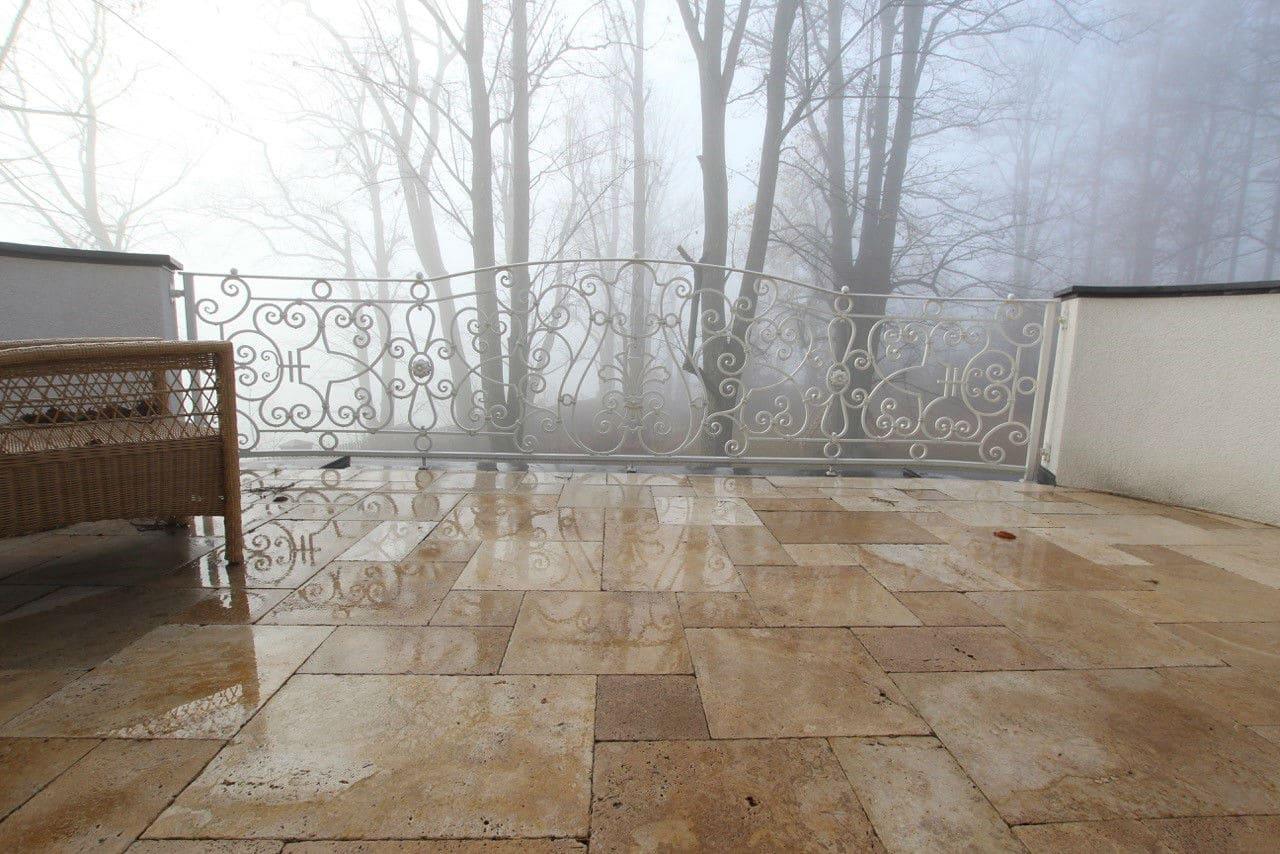 , Naturstein im Winter