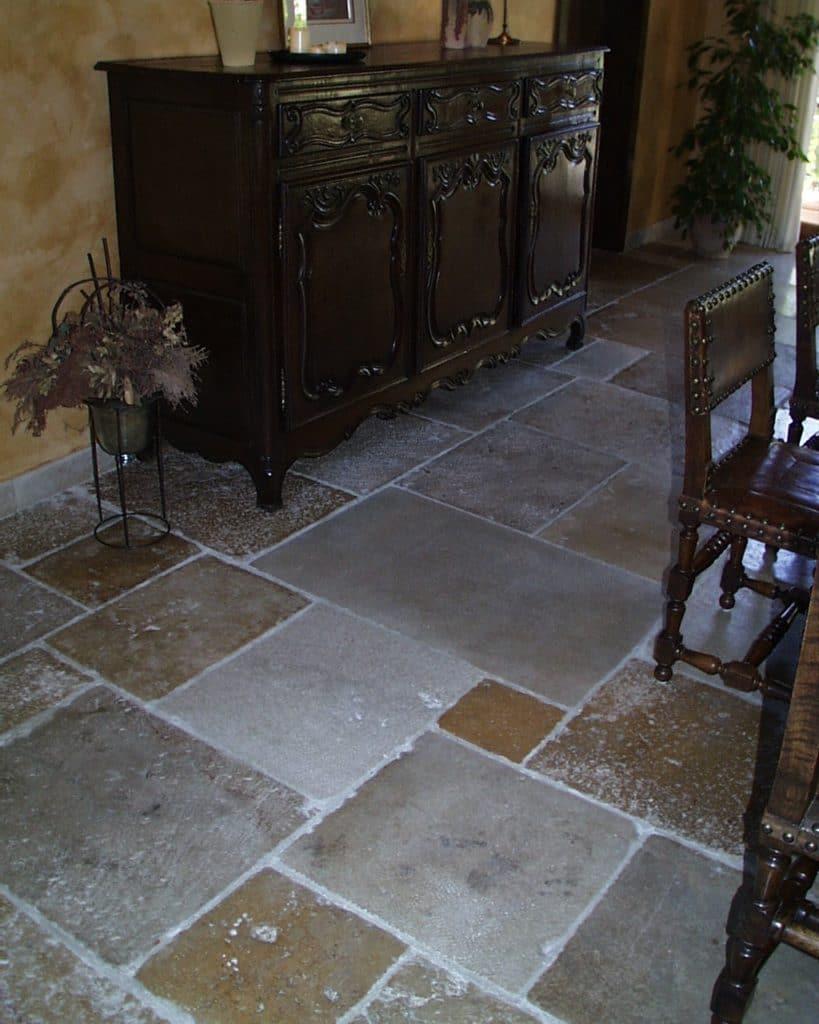 Historischer Kalksteinboden-4