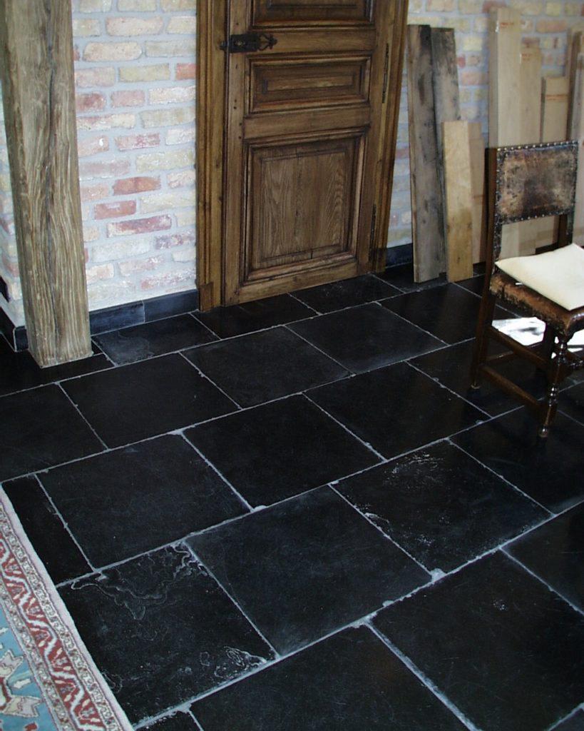 Historischer Kalksteinboden-8