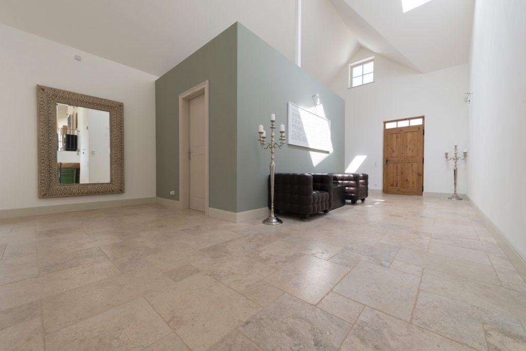 mandorla innen r mischer verband schubert stone projekte mit stein und feinsteinzeug. Black Bedroom Furniture Sets. Home Design Ideas