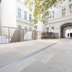 Zinshaus Wien Innenhof und Durchfahrt mit Technostein 2cm – 06