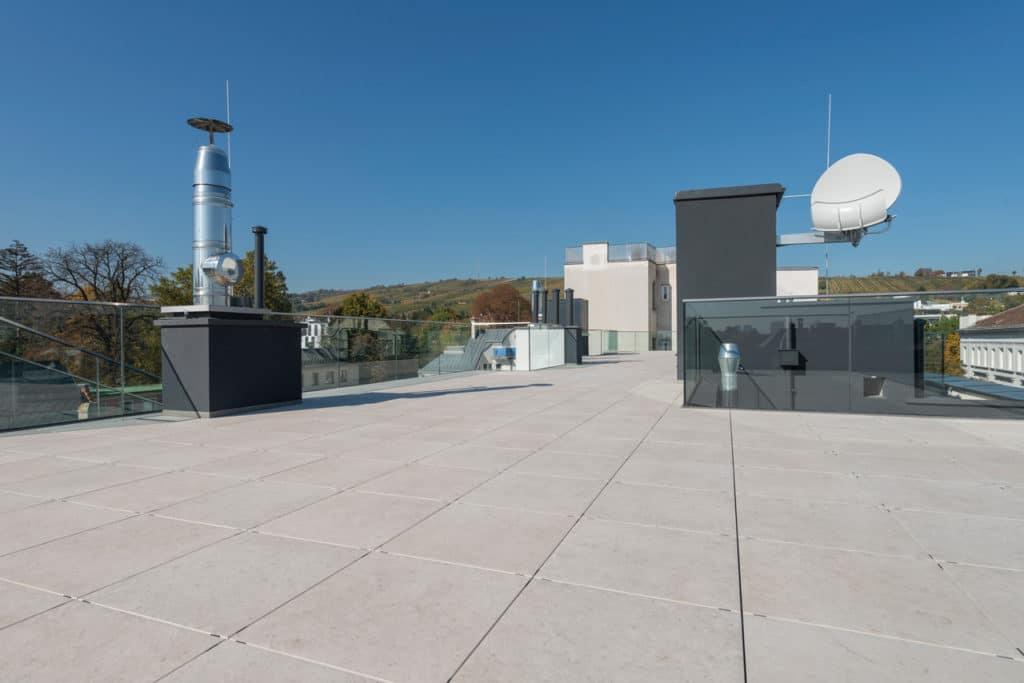 Dachterrasse mit 2cm Technostein – 08