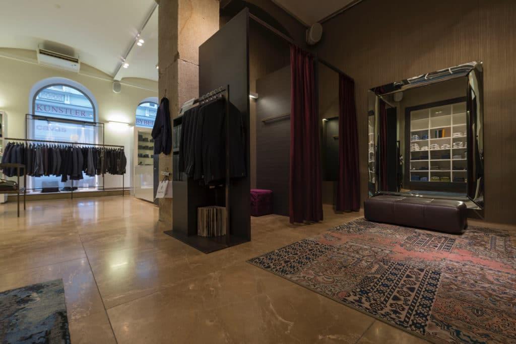 100x100cm Kalkstein-Boden in Modegeschäft – 12
