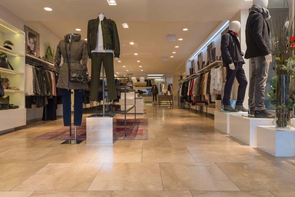 80x80cm Kalksteinboden in Modegeschäft – 10