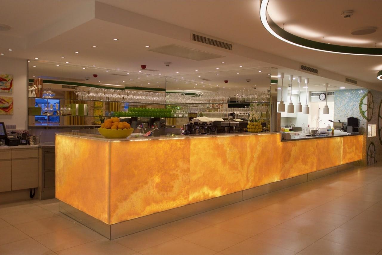 Onyxbar-im-Restaurant