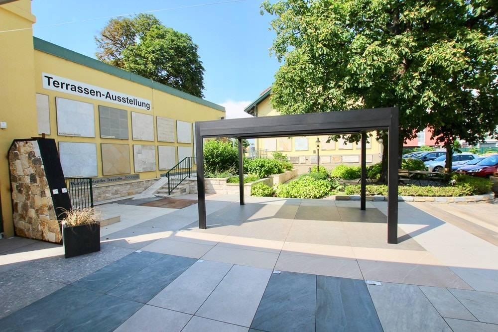 Technostein Feinsteinzeug Terrassen Ausstellung bei SCHUBERT STONE