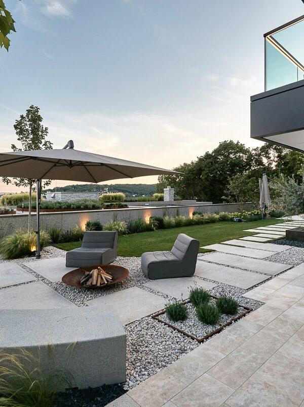Luxus-Terrasse in Wien mit Naturstein