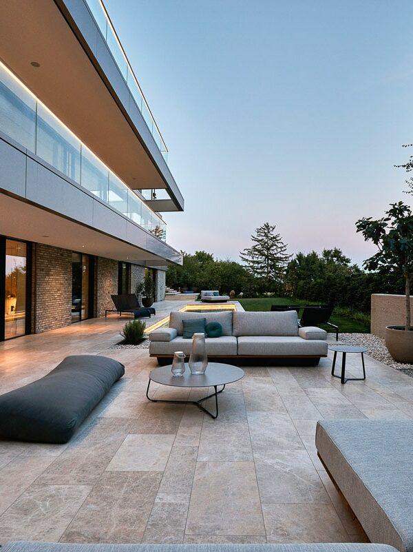 Hollywood Villa in Wien mit Naturstein von SCHUBERT STONE-06